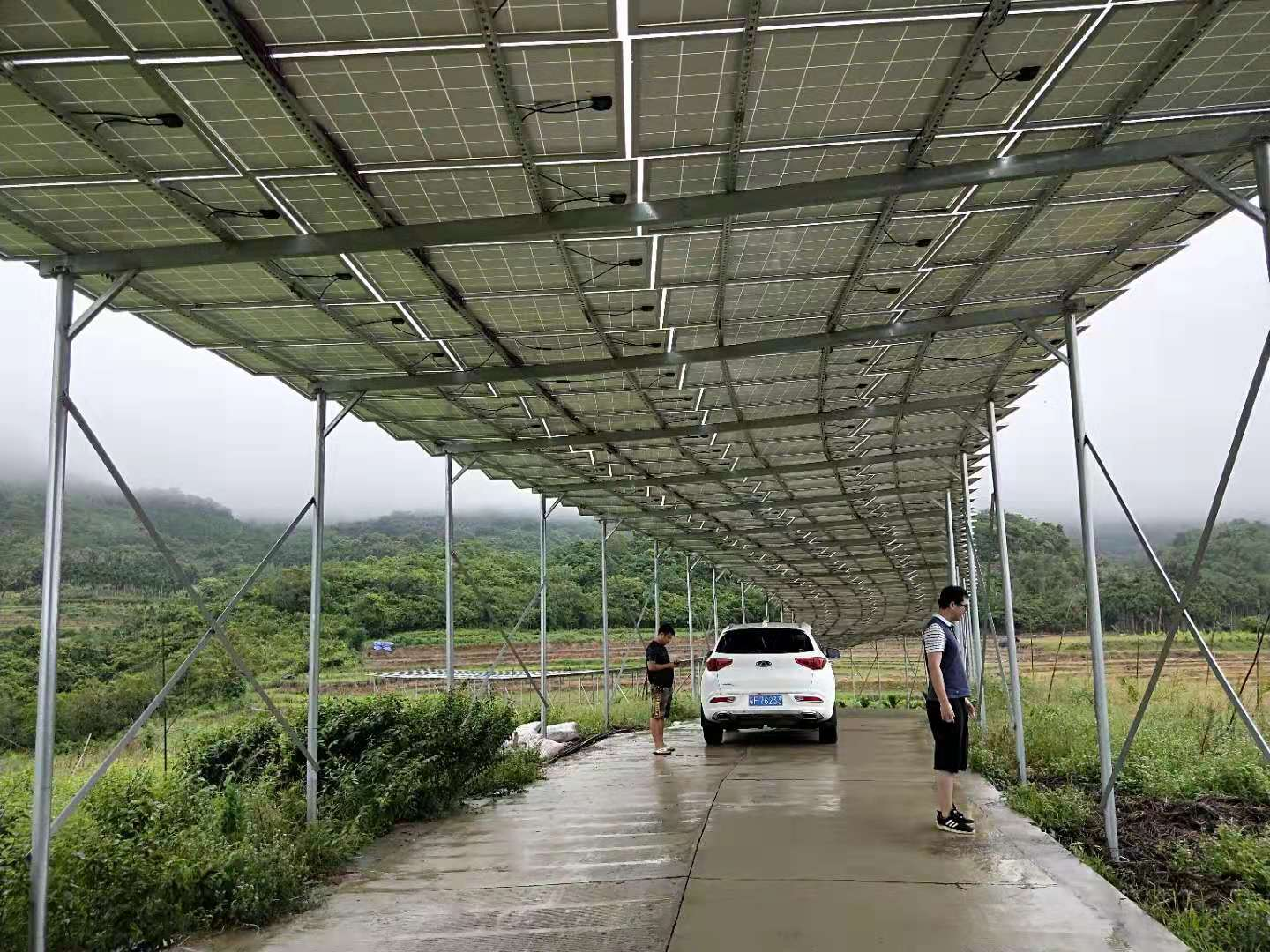 165KW Solar Powered Water Pumping System in Hainan